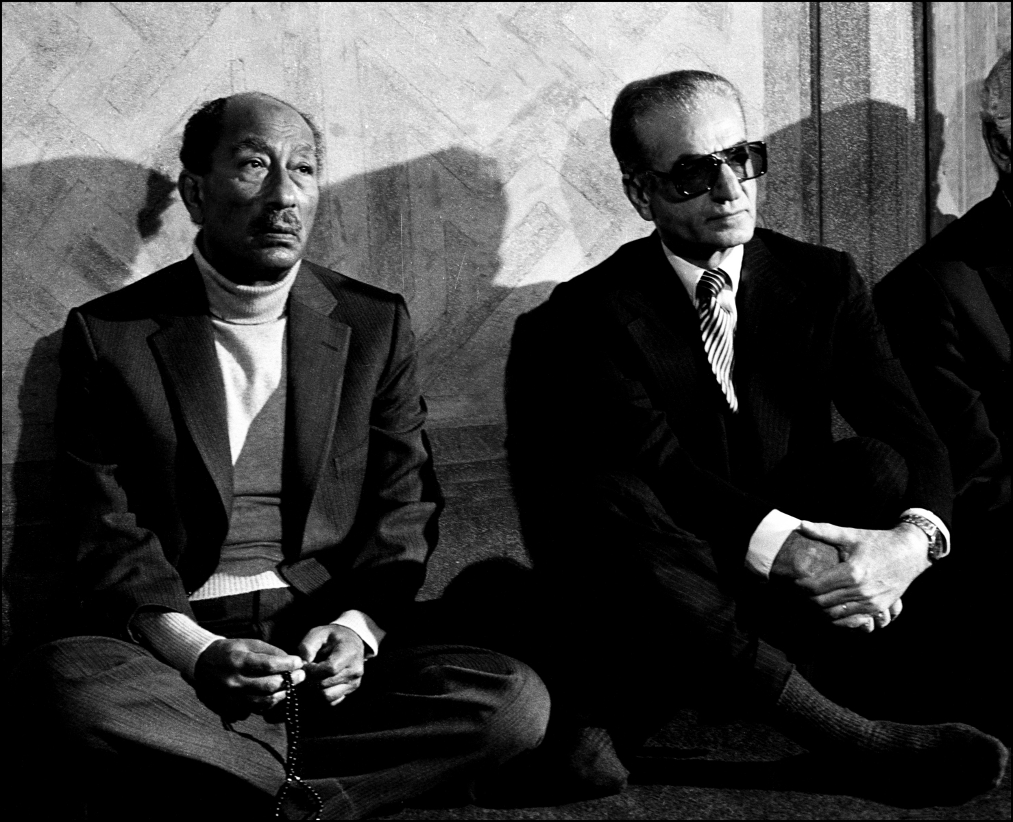 Egyptian President sits with the Shah of Iran in a mosque in Aswan, Egypt,  1979. : Sadat-Mubarak 1978-1981 : BILL FOLEY