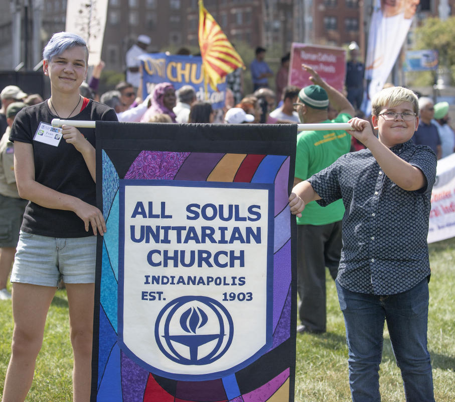 All Souls Unitarian church members arrive.