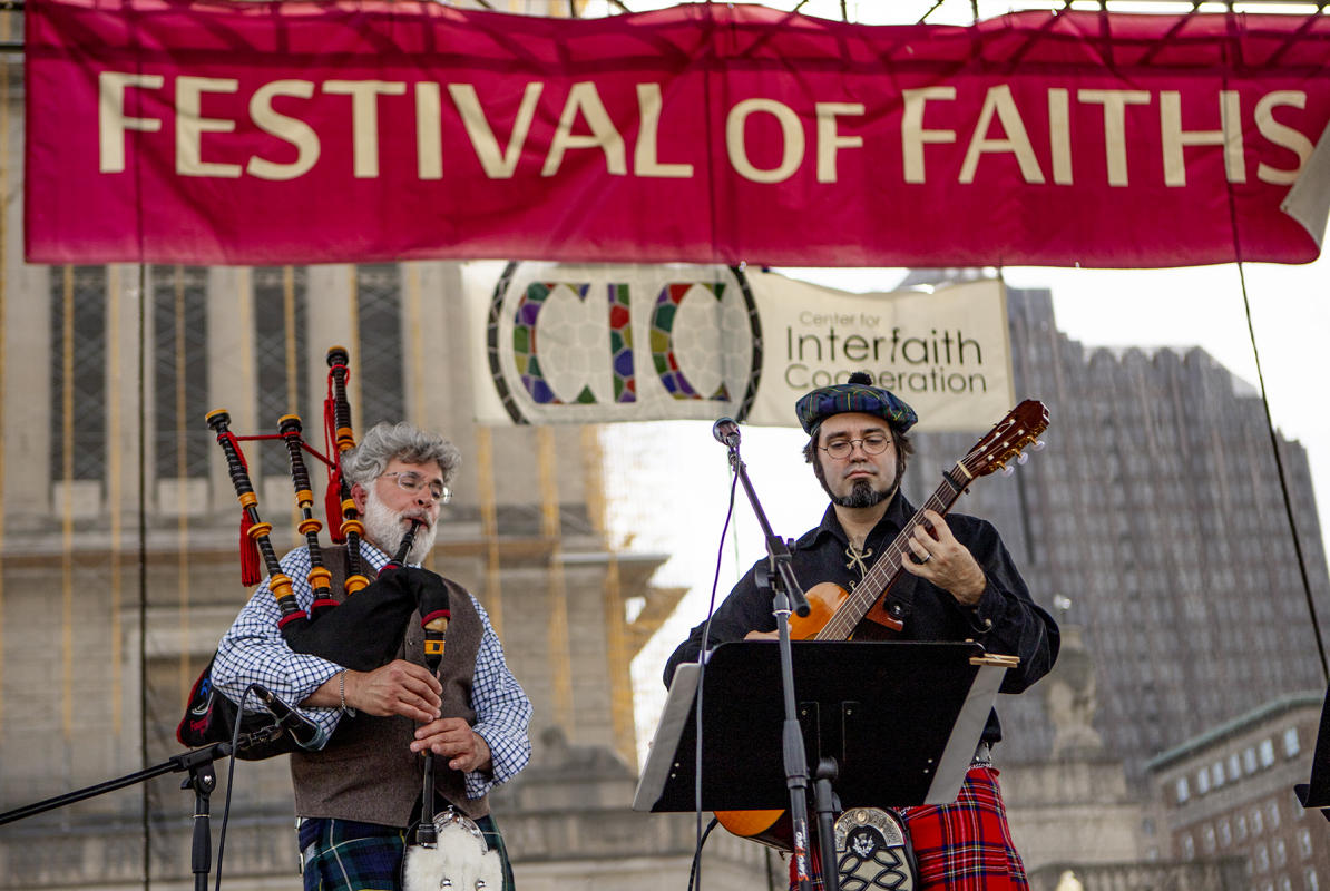 Celtic Rain performs : Festival Of Faith, Downtown Indianapolis 2019 : BILL FOLEY